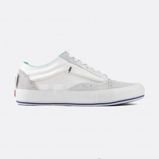 ec410313cceb4 VANS CUT   PASTE OLD SKOOL LX REGRIND