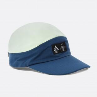 e4515ea9 Le rayon frais recommends. NIKE ACG TAILWIND VISOR CAP.