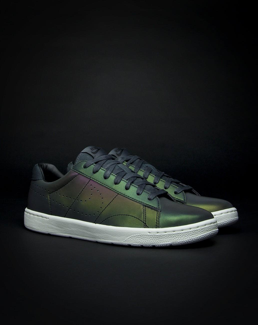 Nike new tennis classic QS
