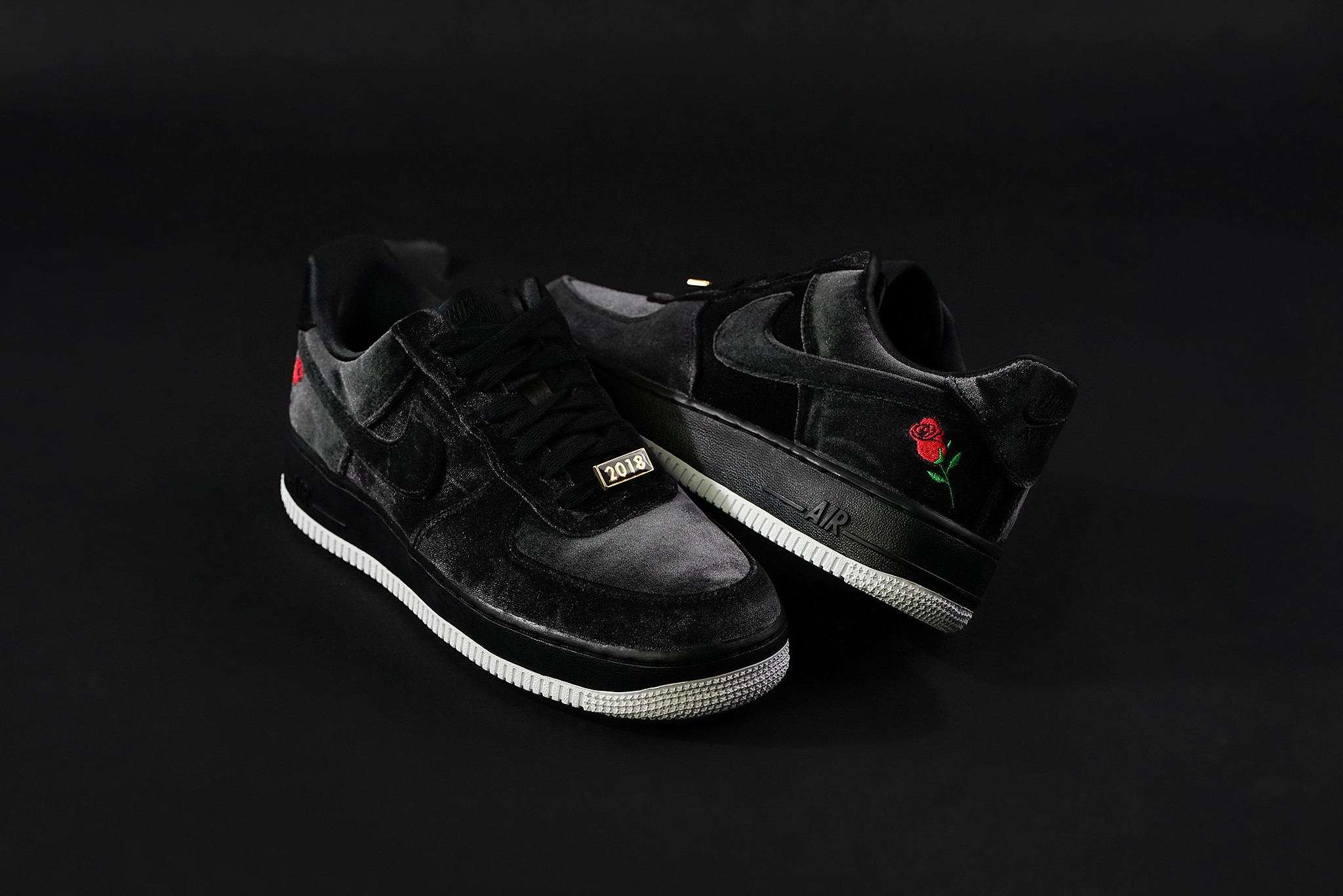 FULL BLACK VELVET AIR FORCE 1